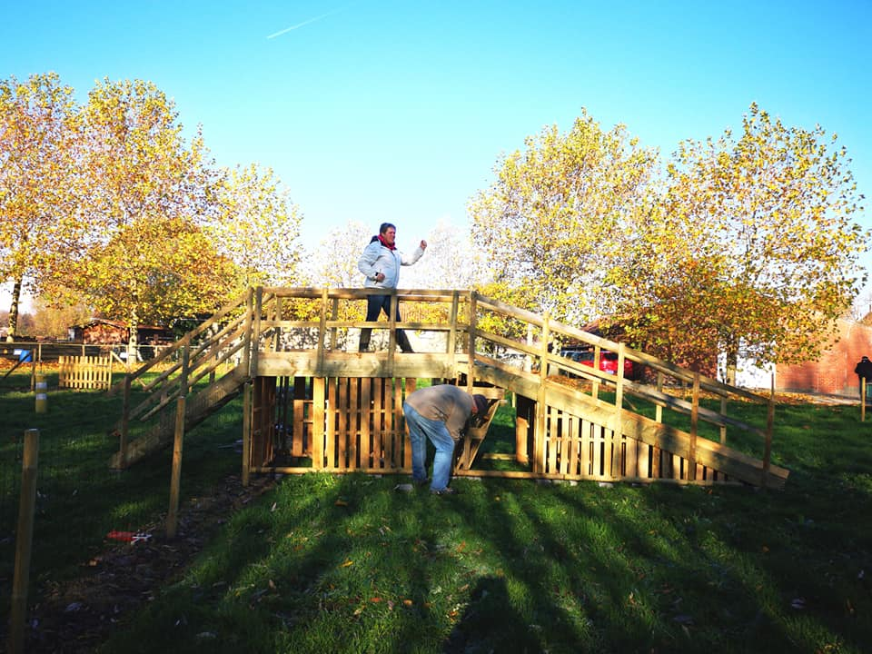 Hondenschool KV 't Houtland - de trap